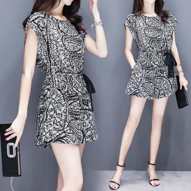 大码女装夏季2018新款韩版雪纺上衣配洋气短裤套装显瘦气质两件套