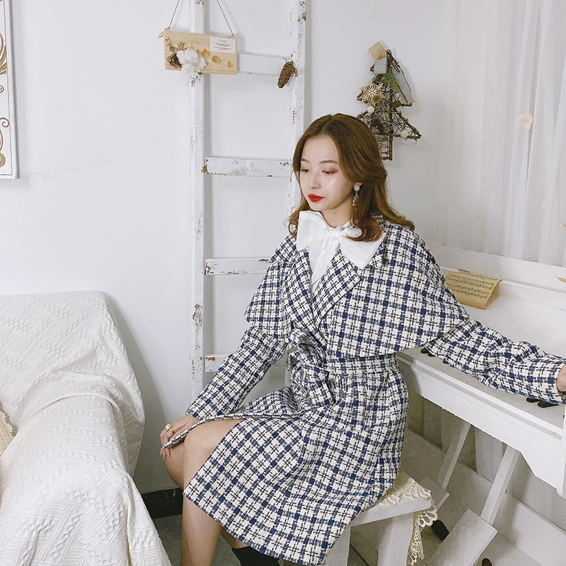Blue and white plaid Cape British coat autumn winter woolen lace up long thick windbreaker dress