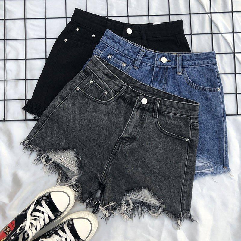 Summer new denim shorts womens 2020 Korean version high waist versatile students loose holes show thin A-line pants fashion