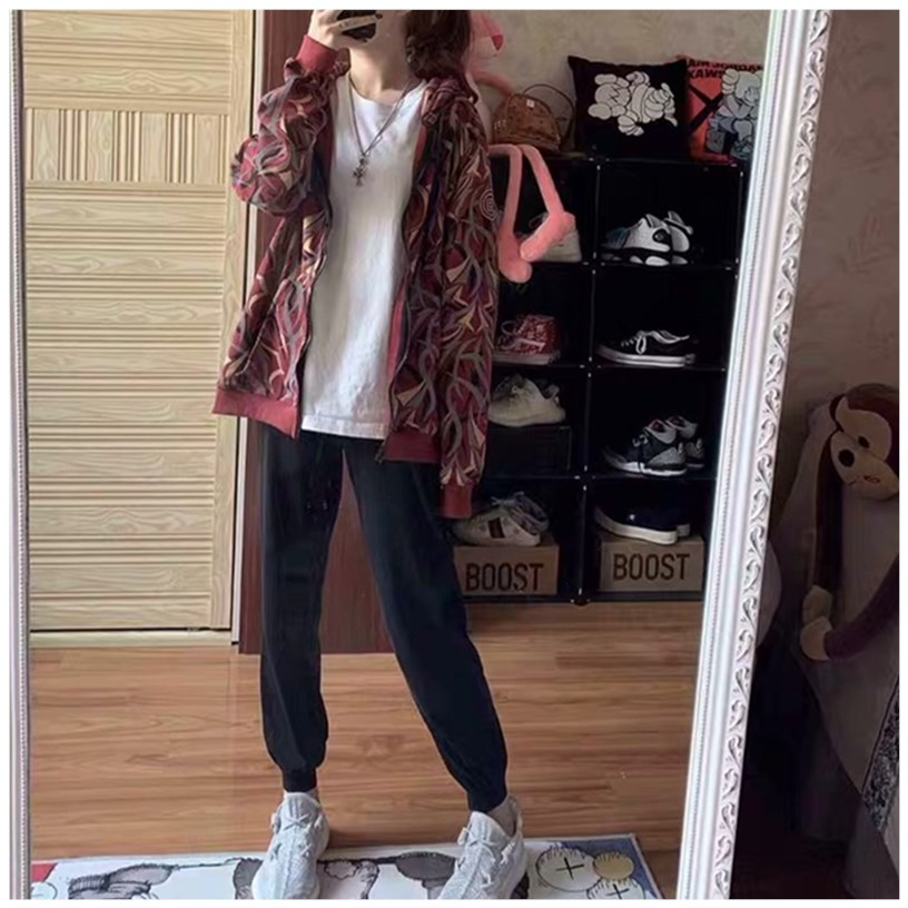 Womens short coat sweater hooded zipper net red girl spring and autumn 2020 new Korean version loose BF couple cardigan