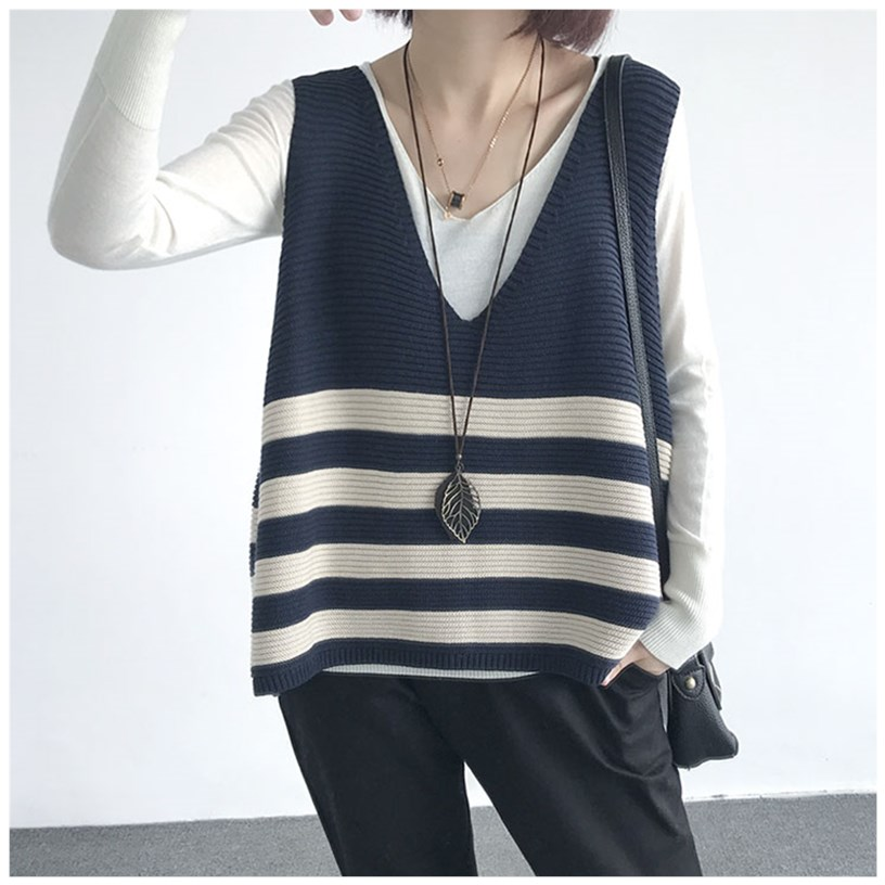 Autumn new large waistband jacket loose V-neck stripe knitted vest vest womens top