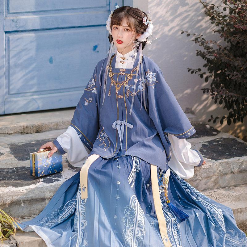 池夏:玉雪香 明制短衫百褶裙三件套原创改良立领汉服女全套秋冬