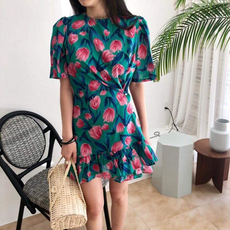 韩国东大门代购18夏季新DAYRAN花朵耸肩收腰修身短袖连衣裙52638