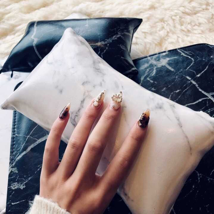 Manicure hand pillow manicure tool set hand pillow manicure marble hand pillow PU leather folding manicure shop special