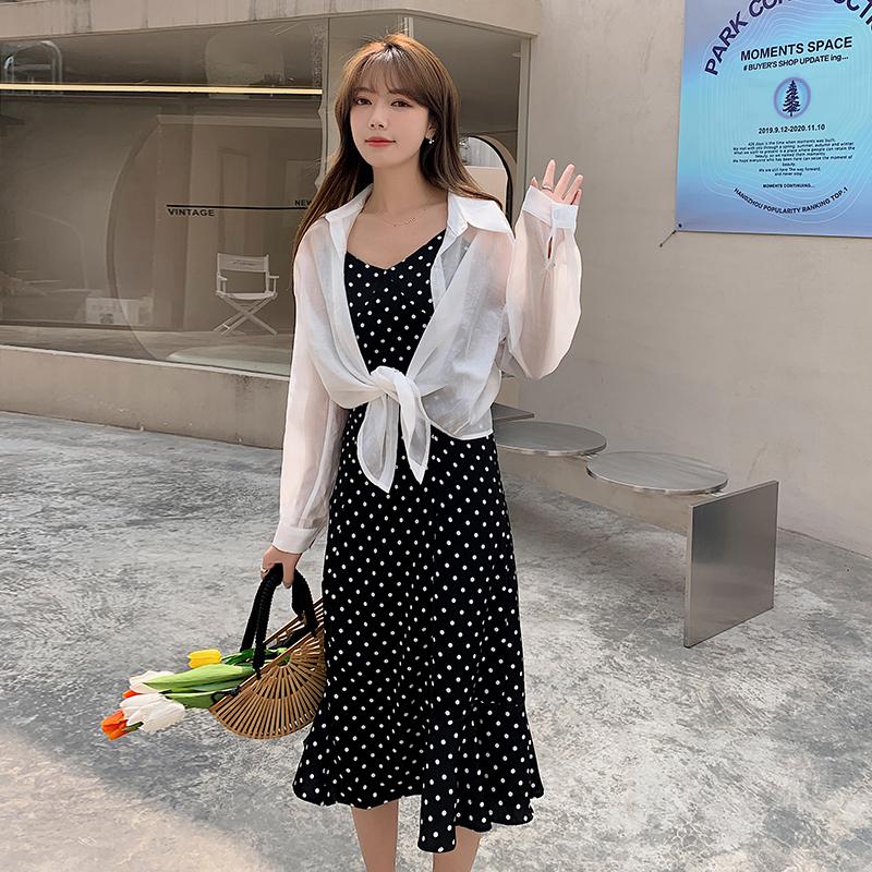 实拍现货2021夏装新款套装纯色单排扣外衫+波点吊带鱼尾连衣裙