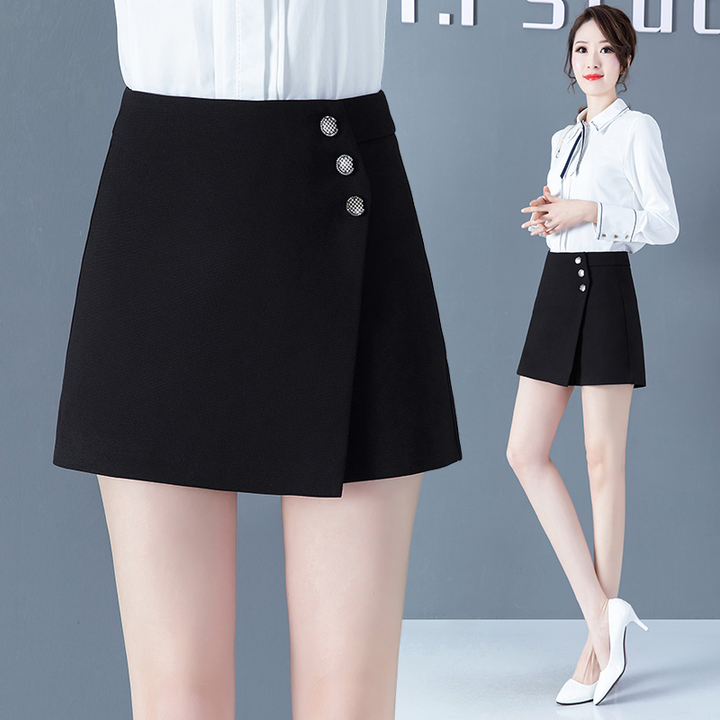 Skirt pants 2020 new autumn and winter black A-line shorts womens loose high waist show thin versatile autumn trousers
