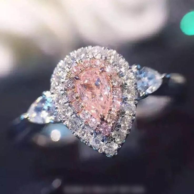 镀金珠宝裸钻仿真粉钻石女款戒指彩钻形微镶满钻水滴钻戒