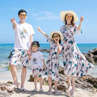 海边度假亲子装一家三口沙滩裙母女装高端洋气雪纺连衣裙一家四口品牌