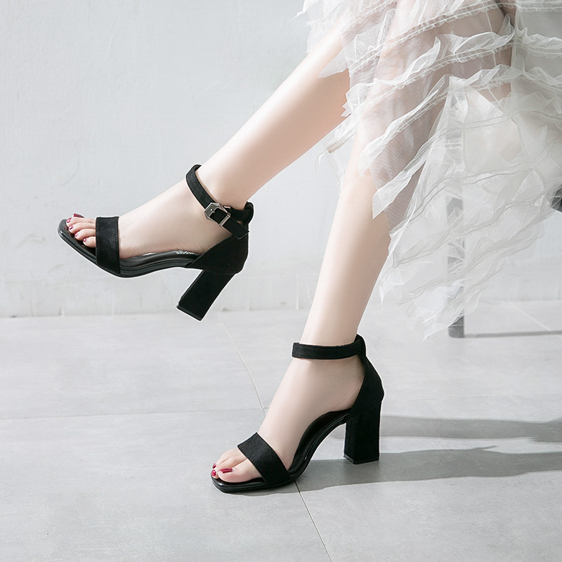 Snow Yierkang sandals womens 2020 new style with skirt small size high heel flat buckle middle heel thick heel large summer