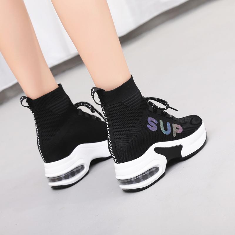 内增高帮弹力袜子鞋女2019新款秋季透气单靴小白运动休闲坡跟厚底