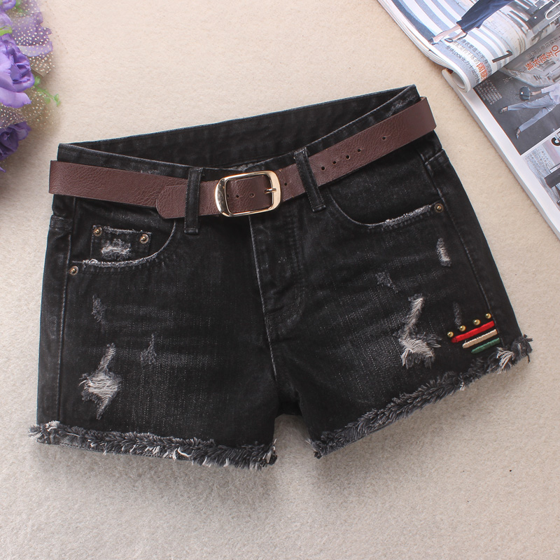 Black Denim Shorts womens summer 2020 new hot pants with thin mid waist, flanging and rough edge, loose and hole worn boots