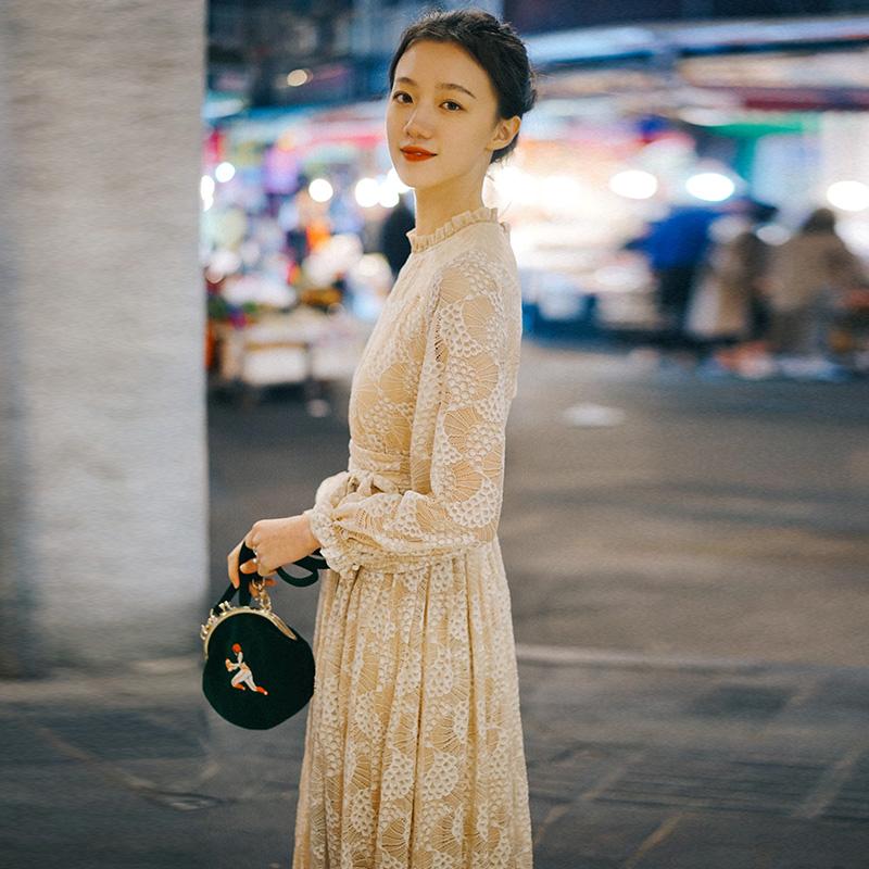 限5000张券微笑向暖复古蕾丝压褶连衣裙2019流行夏天裙子仙女超仙森系长裙