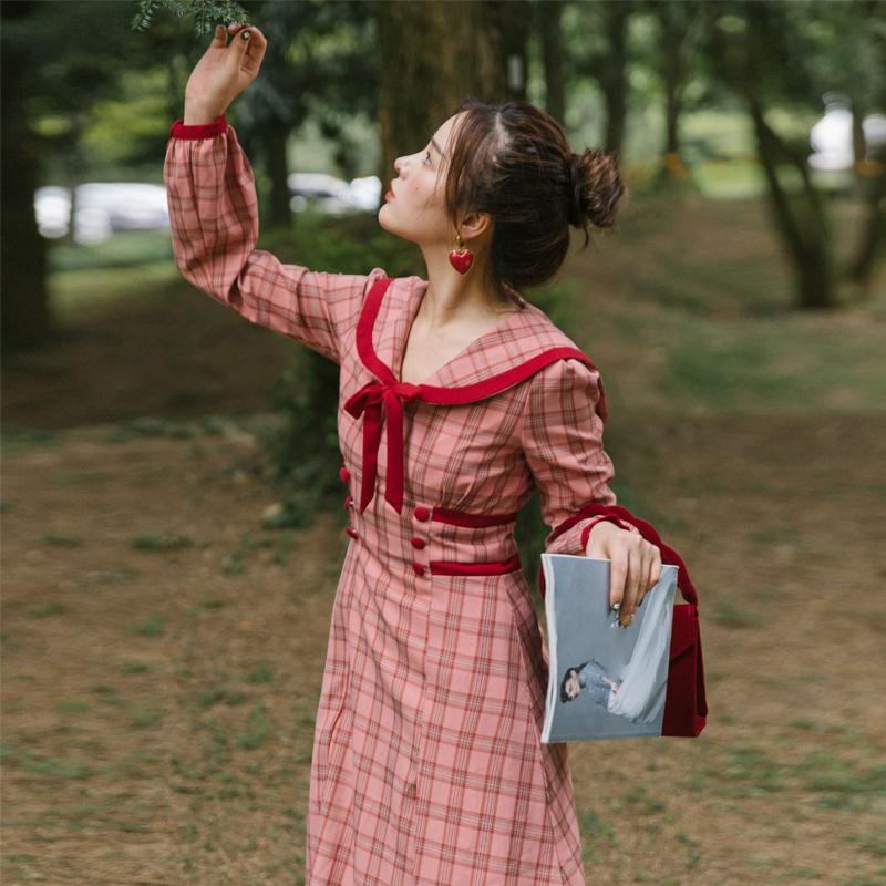 奈良海军风连衣裙长袖格子长裙秋装2019年新款裙子显瘦法式复古女(非品牌)