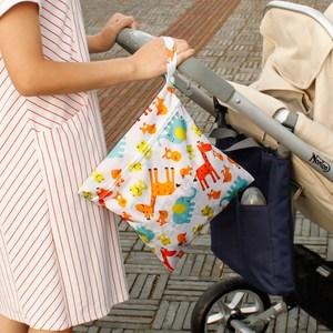 领1元券购买宝宝防水婴儿挂袋尿布袋尿不湿外出收纳包婴儿床衣服尿片便携袋子