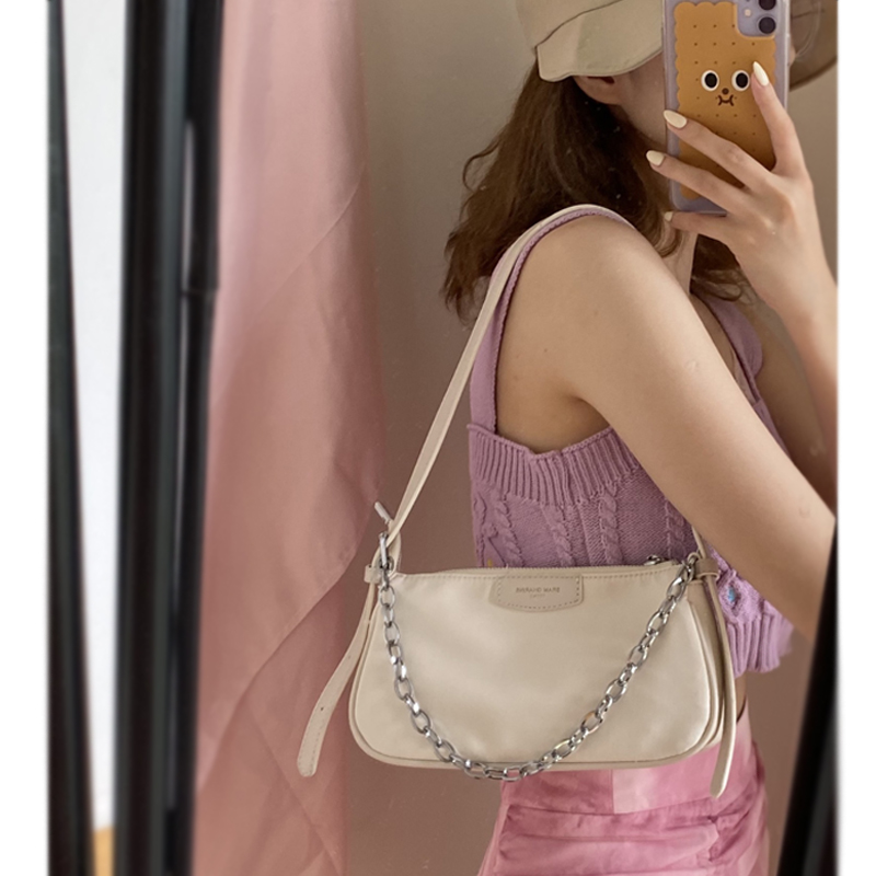 法国质感小众包包尼龙腋下包女法棍包2020新款潮网红单肩手提包图片