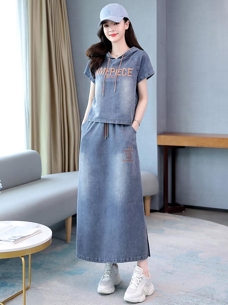 牛仔连衣裙两件套2021夏季新款时尚收腰冰丝半身裙洋气减龄套装潮