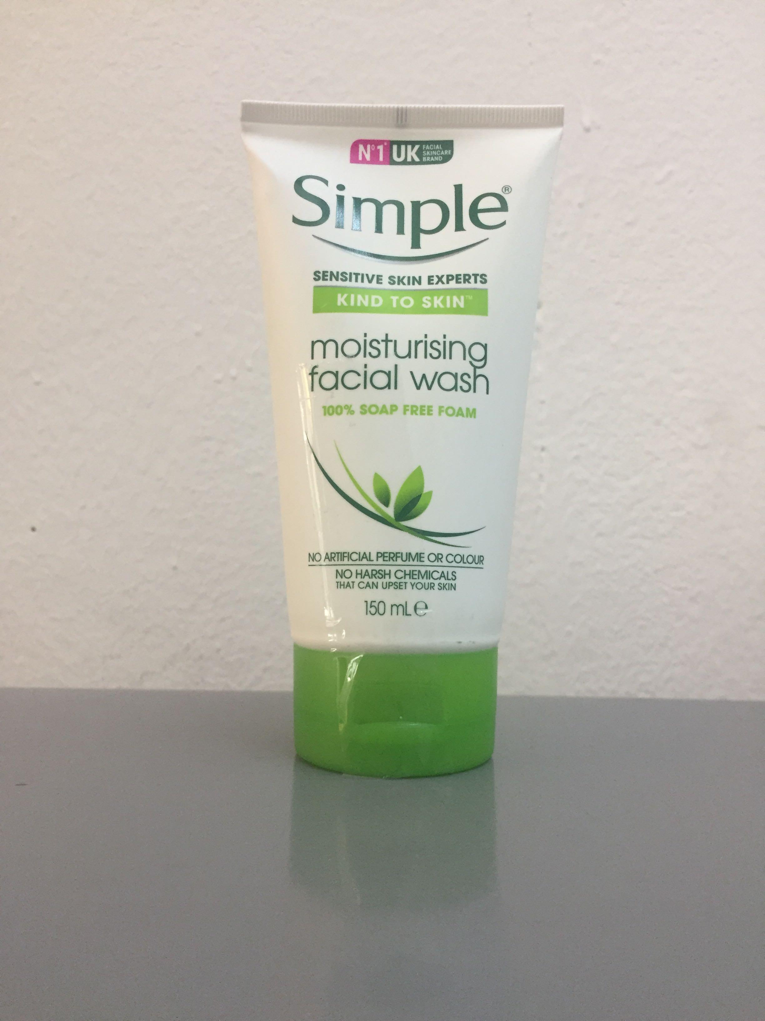 英国Simple清妍泡沫洗面奶 有效清洁 温和不紧绷敏感肌适用
