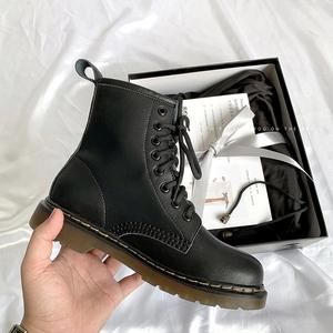 自然卷新版本2020秋冬新款jk马丁靴