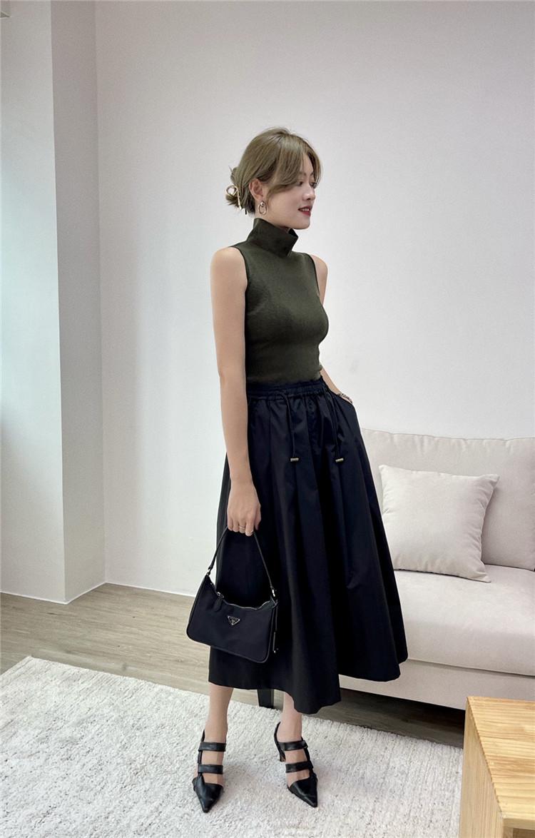 A字棉质伞裙半身裙子女2021年秋季松紧抽带收腰口袋百搭显瘦中长