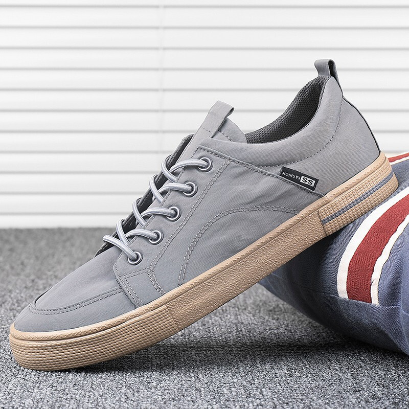 Flash walking canvas shoes mens new fall 2020 mens shoes low sleeve shoes shoes breathable lightweight soft soled shoes fashion