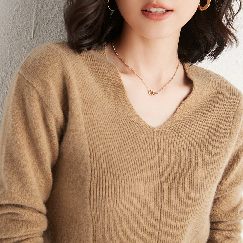Big V-neck loose bottomed knitted sweater autumn winter 2020 new cashmere sweater womens V-neck Pullover