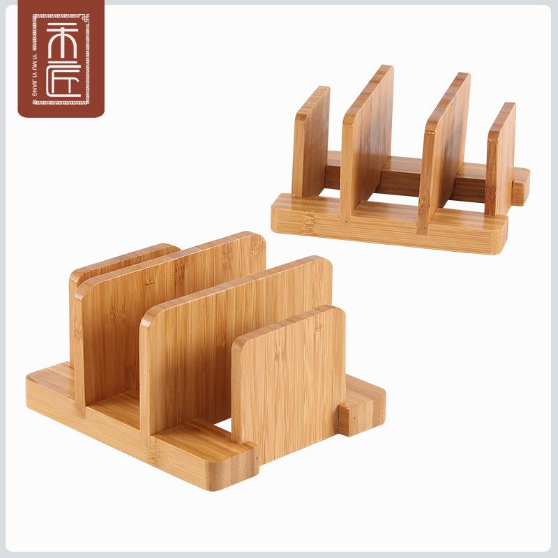 一木一鍛冶の竹質の木の鍋の蓋の台所の置物棚にまな板を置いて棚を収納します。家庭用です。