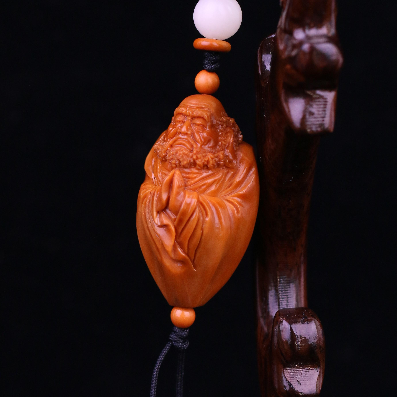 Разные сувениры из косточек фруктов Артикул 617287765943
