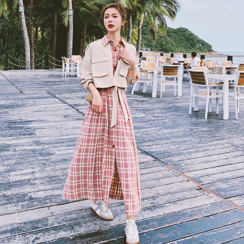 法式复古假两件格子连衣裙女春2021新款气质显瘦长袖赫本衬衫长裙