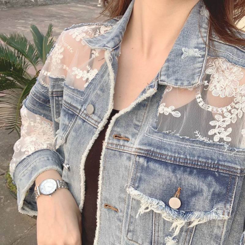 Denim jacket with mesh embroidery and holes broken and very fairy 2020 womens summer short lace splicing thin casual wear