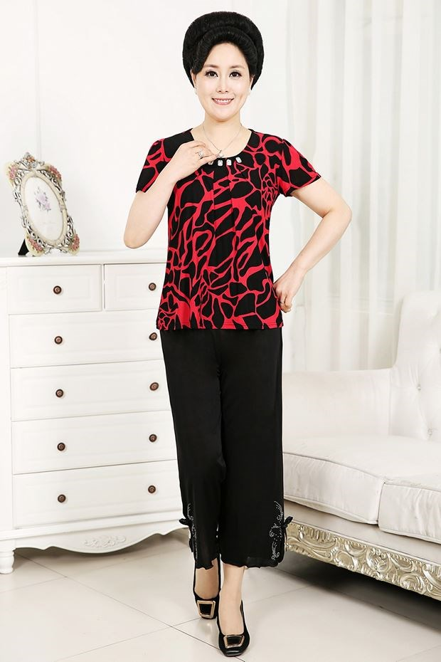 Mothers Day middle-aged and elderly womens summer wear short sleeve grandmas suit 60-70 year old clothes summer.