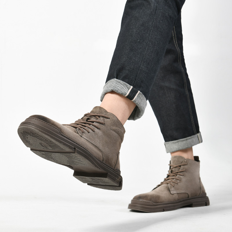 Mens shoes spring new leather Martin boots mens high top work clothes shoes medium top mens British Wind army boots desert short boots