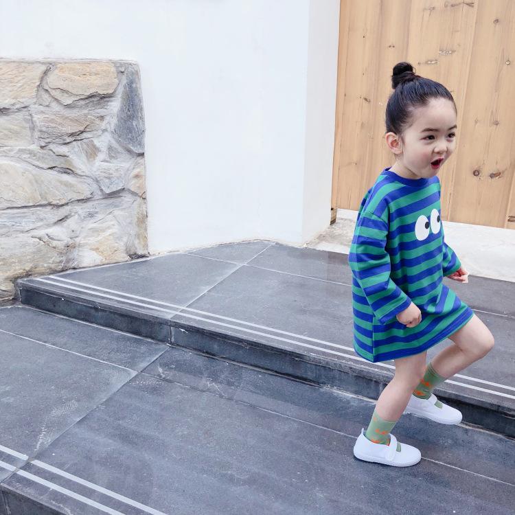 女童卫衣裙2020春款韩版宝宝儿童中长款条纹连衣裙小童小眼睛卫裙