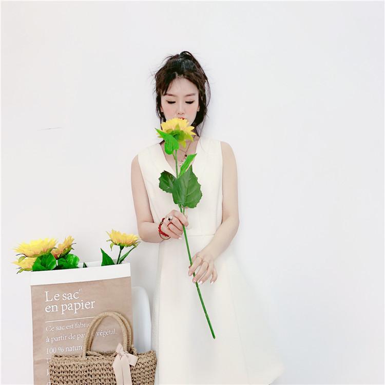2019夏新时尚休闲韩版连衣裙NW6SO6570
