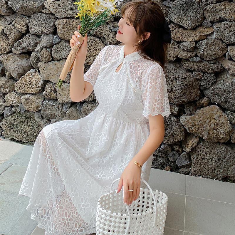 夏季别致设计感白色蕾丝法式连衣裙