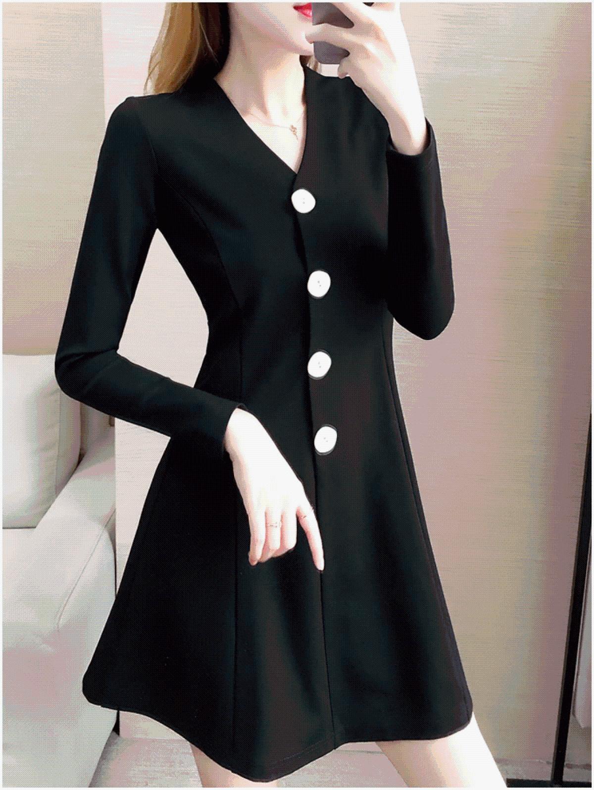 大码连衣裙2019秋季新款微胖女装洋气减龄胖妹妹显瘦收腰小黑裙子