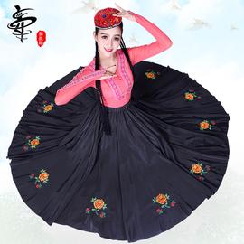 舞裁缝新疆舞蹈演出服装女新款民族风维吾尔族大裙摆练习裙定制图片