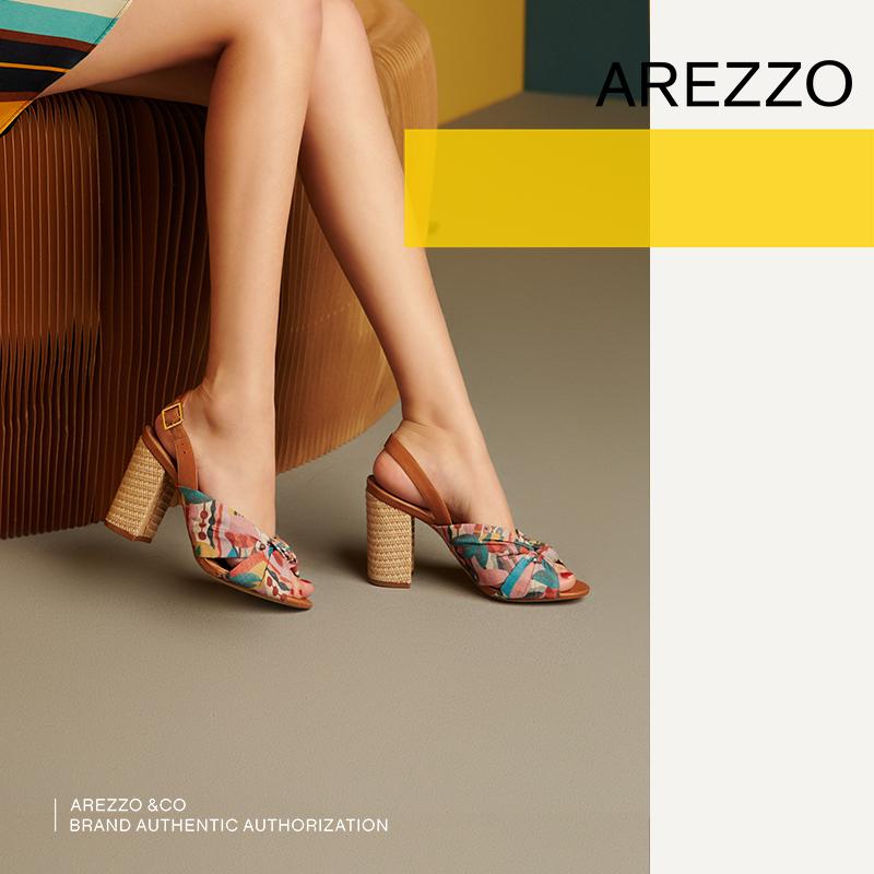 巴西AREZZO雅莉朶2019年夏季新款彩色粗高跟布艺结饰休闲女单凉鞋,可领取40元天猫优惠券