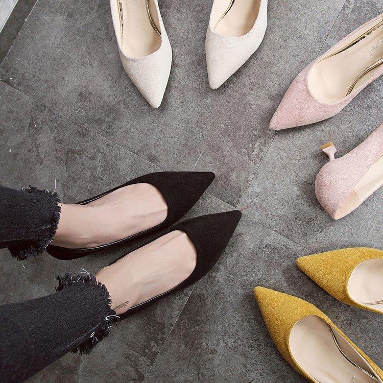 时尚女鞋矮跟2019春季新款浅口高跟鞋尖头绒面黑色低跟鞋女