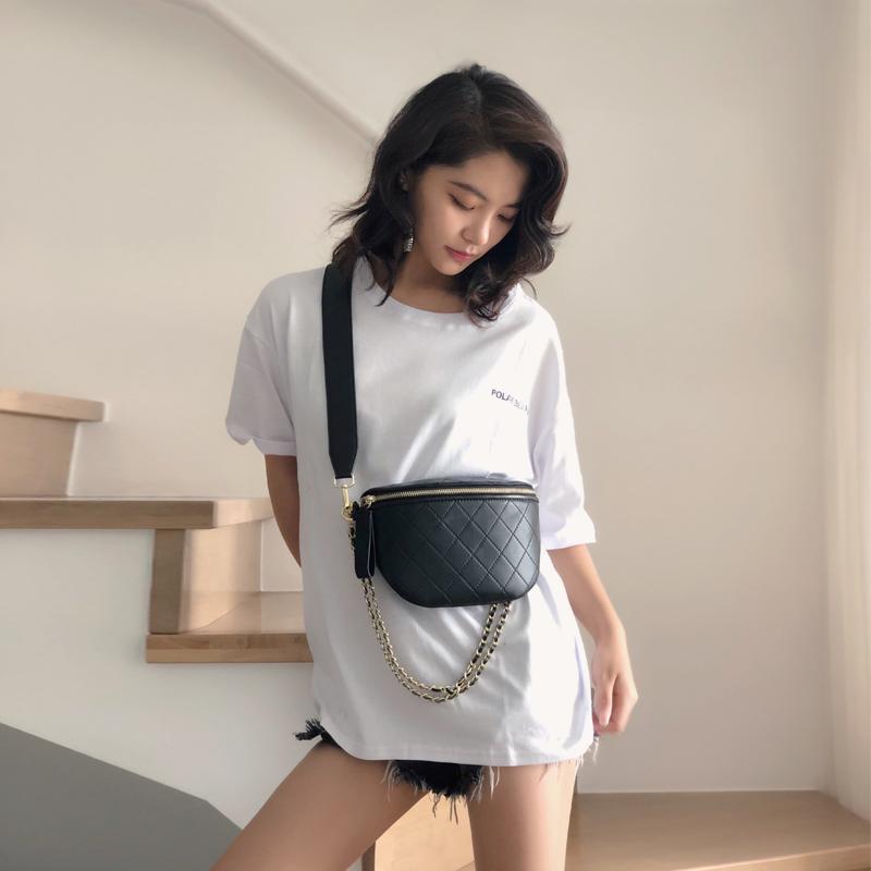 288.00元包邮韩国代购2019新款韩版斜挎链条胸包