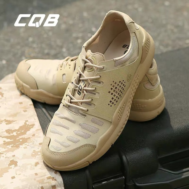 CQB low top tactical boots combat boots military fans outdoor cross country running shoes light anti slip wear resistant mountaineering shoes desert boots