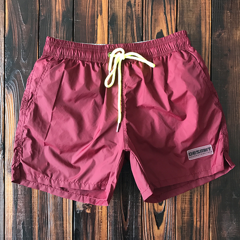 纯色速干沙滩裤男  健身运动三分短裤带内衬 海边度假温泉游泳裤