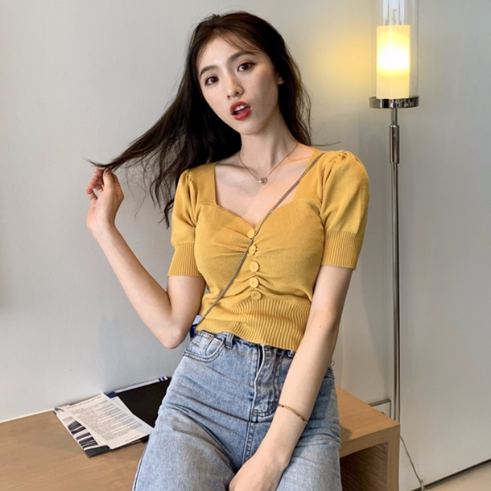 Short sleeve T-shirt for female Xia with low waist denim wide leg pants with holes