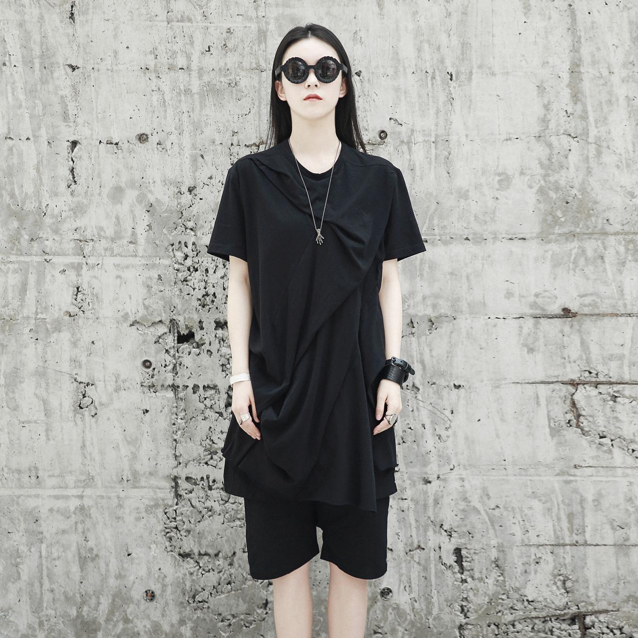 SIMPLE BLACK 暗黑RO先锋宽松中长捏皱造型不规则短袖T恤