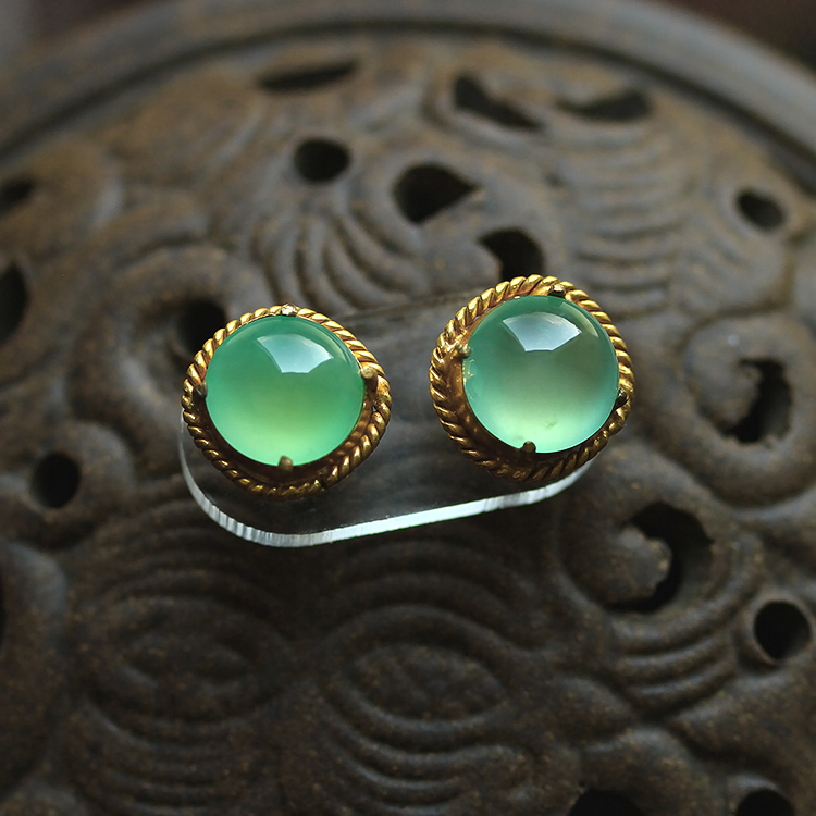 Ice glass green natural jadeite egg face bare stone earrings a Myanmar jade ring face jewelry 337