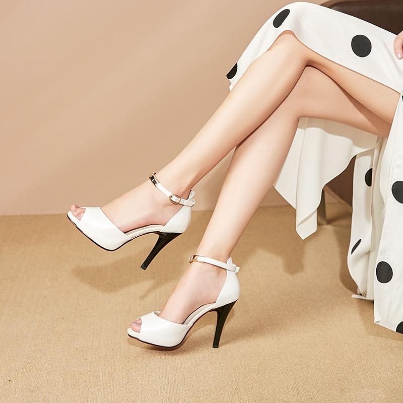 2020新款夏季时装女鞋白色真皮镂空鱼嘴凉鞋防水台女高跟鞋细跟