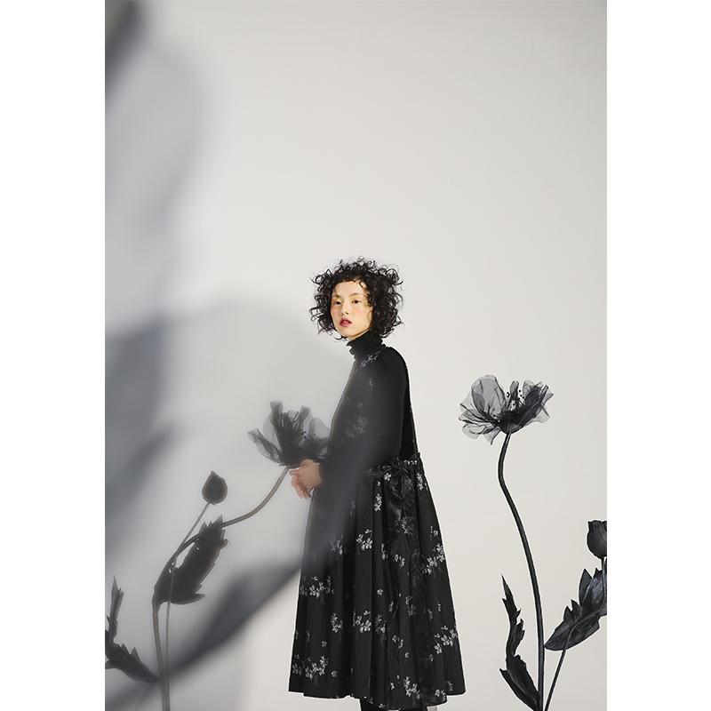 ALINNV设计感小众碎花连衣裙2020新款秋中长款内搭无袖背心裙子女