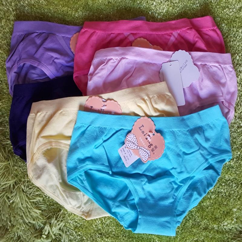 レギンスの低い腰のズボンはシームレスで美しい体は尻の女性のズボンの小さい三角のショートパンツのレカの女性の三角のズボンの頭を持ちます。
