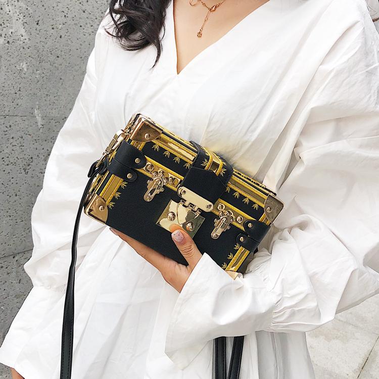 ins超火小方包韩版盒子包女撞色复古斜挎包chic包包小箱子包包