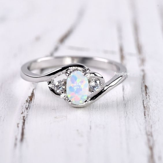 Wish hot selling synthetic opal gemstone ring cross border platform European and American engagement hand jewelry
