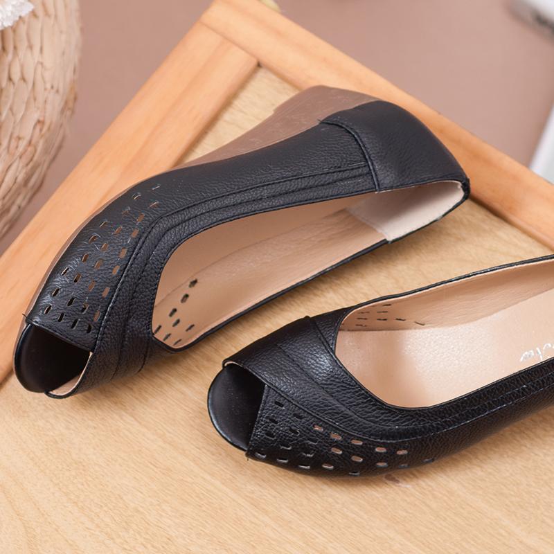 满58元可用3元优惠券妈妈凉鞋坡跟真皮牛筋底防滑软底舒适百搭鱼嘴鞋中年人女鞋子镂空